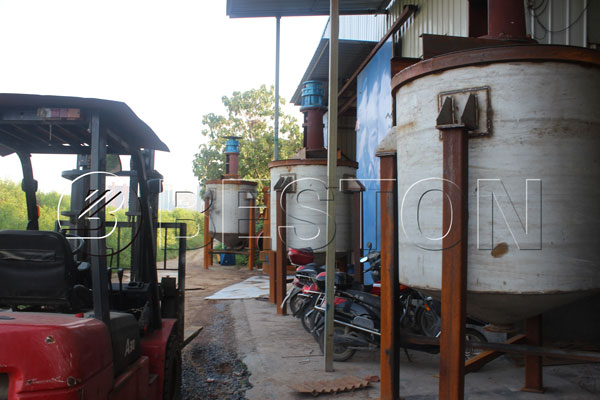 Coconut Shell/ Palm Shell/ Sawdust Carbonization Machine